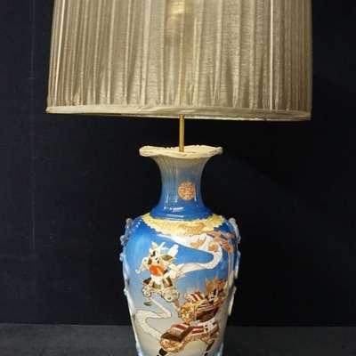 Большая антикварная лампа Сацума. в стиле Восточный Япония, конец 19 века