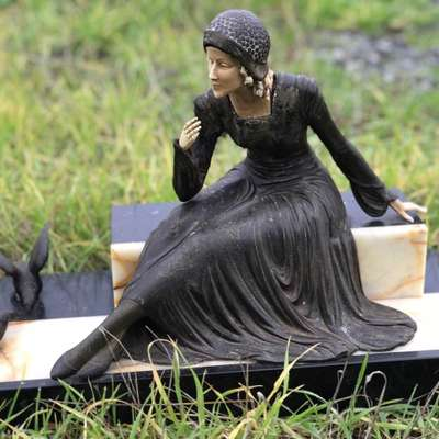 """Статуэтка """"Леди в черном"""" в стиле Ар-деко, Франция, начало 20 века"""