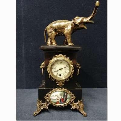 Часы с бронзовой фигурой слона и фарфоровыми вставками Севр. в стиле Людовик XVI, Франция, конец 19 века