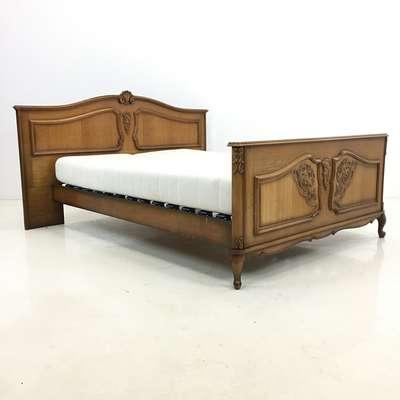 Кровать в стиле Классицизм (классика) Бельгия, середина 20 века