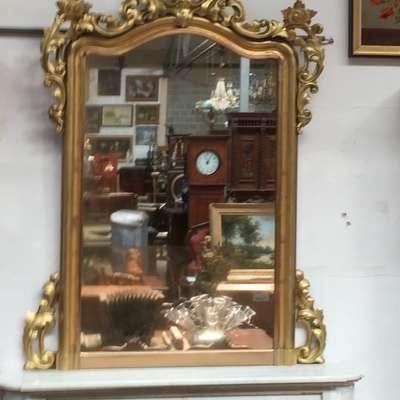Большое антикварное зеркало в стиле Рококо. в стиле Рококо Людовик XV, Франция, середина 19 века