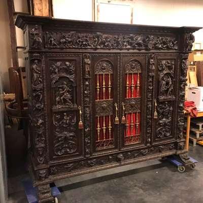 Редкий антикварный кабинет 19 век в стиле Ренессанс Бельгия, начало 19 века