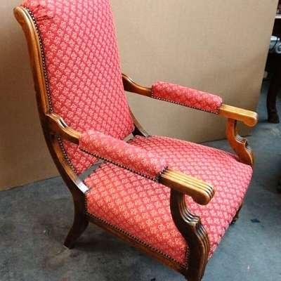 Старинное кресло. в стиле Людовик XVI Франция, начало 20 века