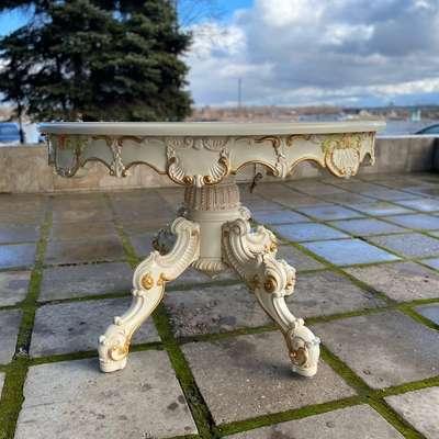 Круглый столик в стиле Барокко, Восточные страны (реплика), начало 21 века
