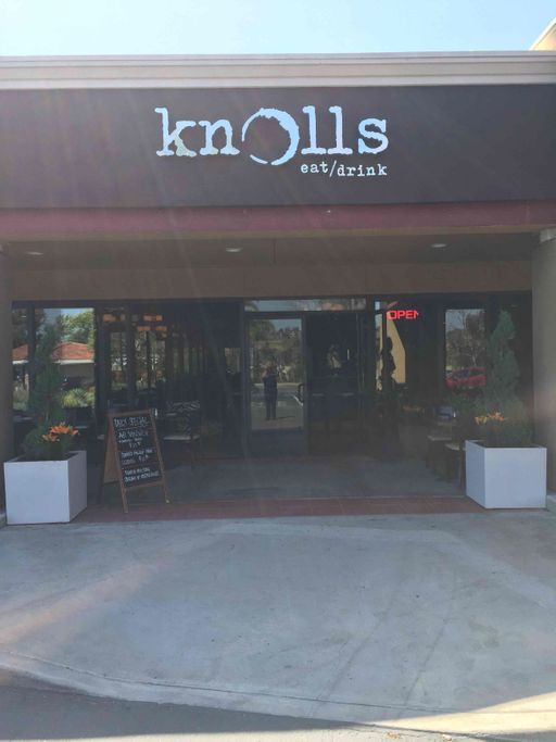 Knolls Eat & Drink