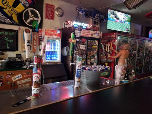 Racer's Pub