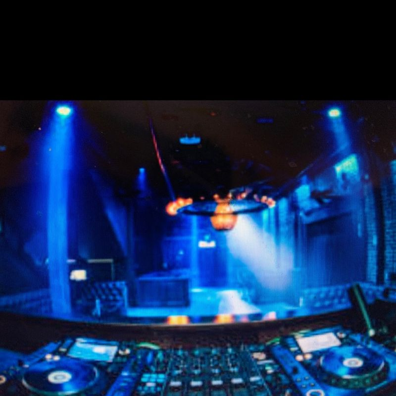 Wednesday Nightclub!!