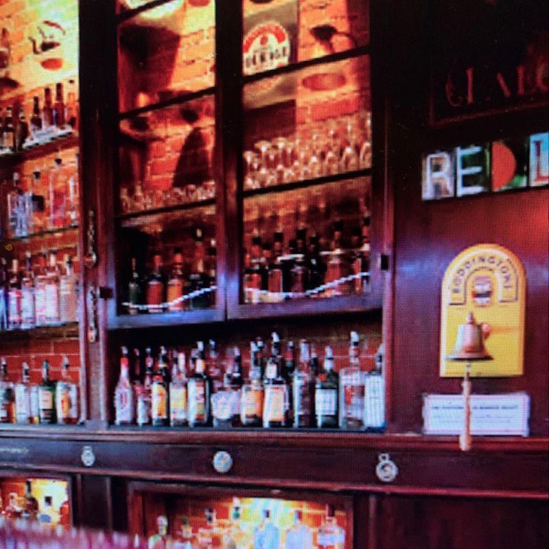 Royal Falconer British Pub