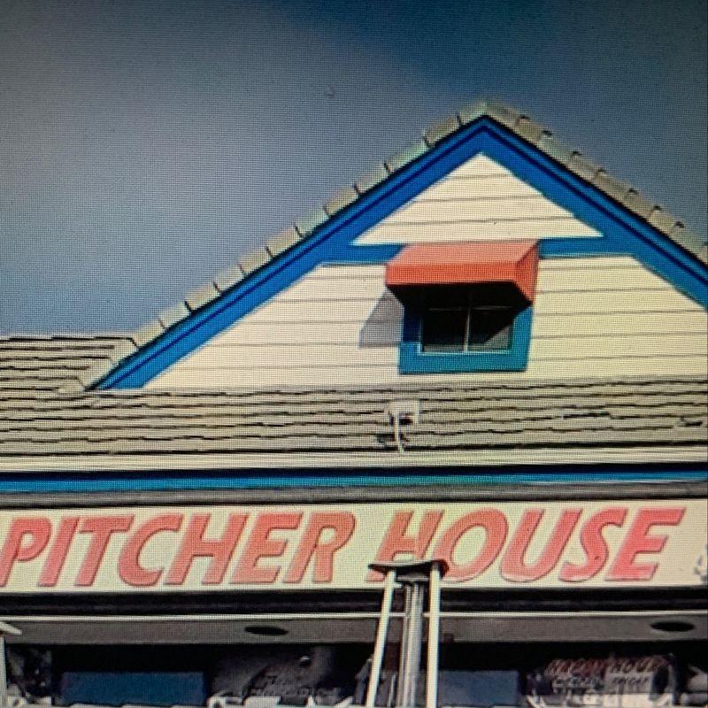 Pitcher House Upper Deck