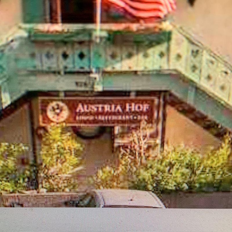 Austria Hof Restaurant