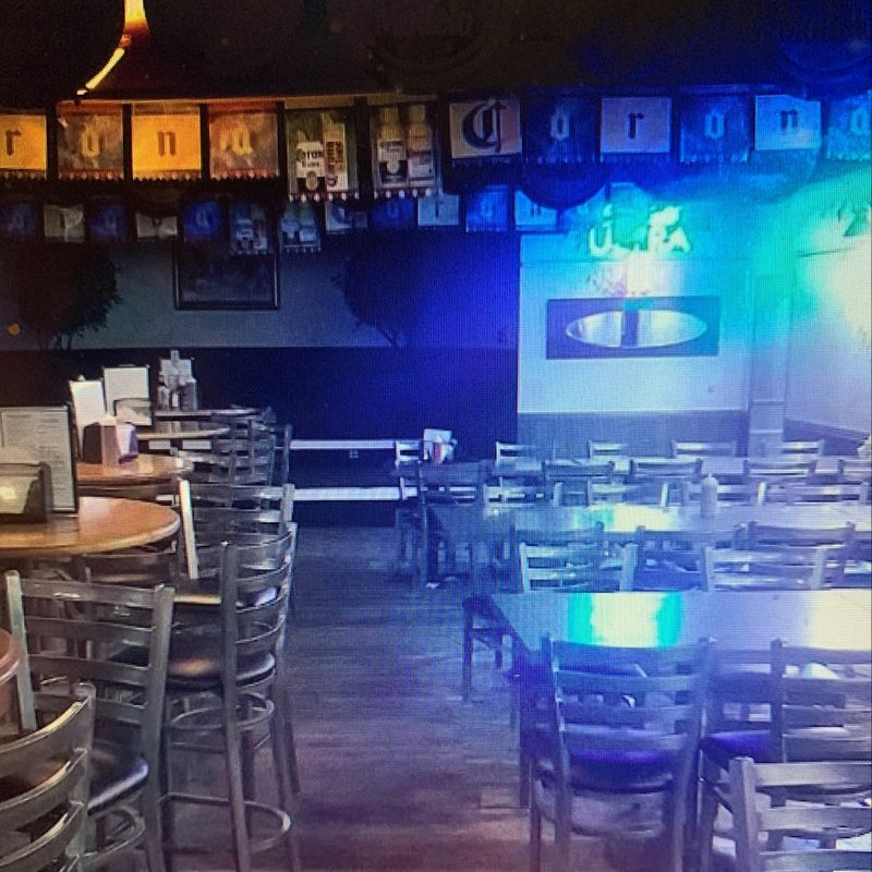 Taylors Bar & Grill
