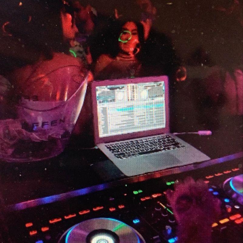 Saturday Nightclub!!    9pm - 1:30am