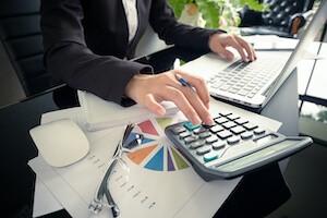 ROI(投資対効果)計算の提案が可能