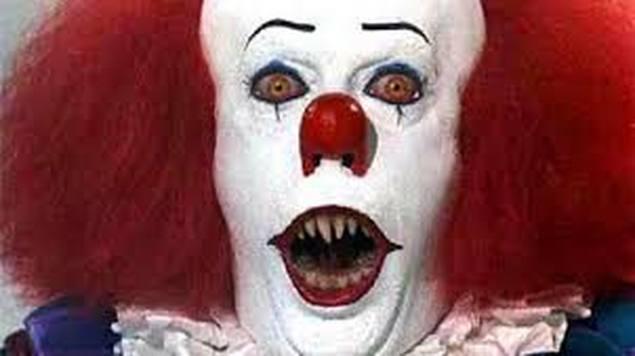 فيلم الرعب (إت) يتصدر ايرادات السينما في أمريكا الشمالية