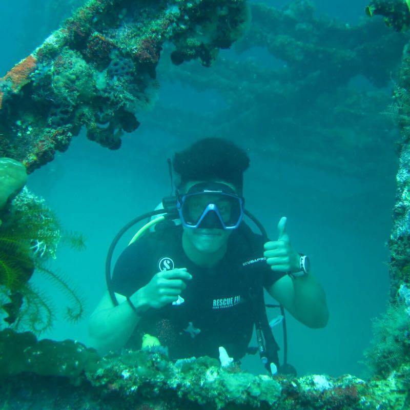潛水及游水