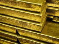 رفع الفائدة يصعد بالذهب.. وعيار 21 يقفز لـ620 جنيهًا