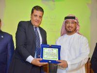 الإمارات تكرم المدير التنفيذي لمبادرة اطمن علي نفسك