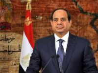 الرئيس السيسي يجتمع بوزيرى الدفاع والداخلية والقيادات الأمنية