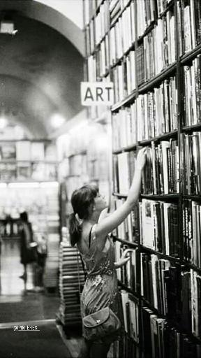 booksandrosess_