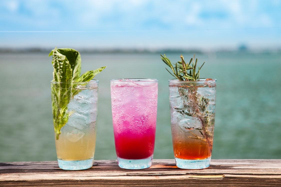 16 Amazing Cocktail Bars in Miami