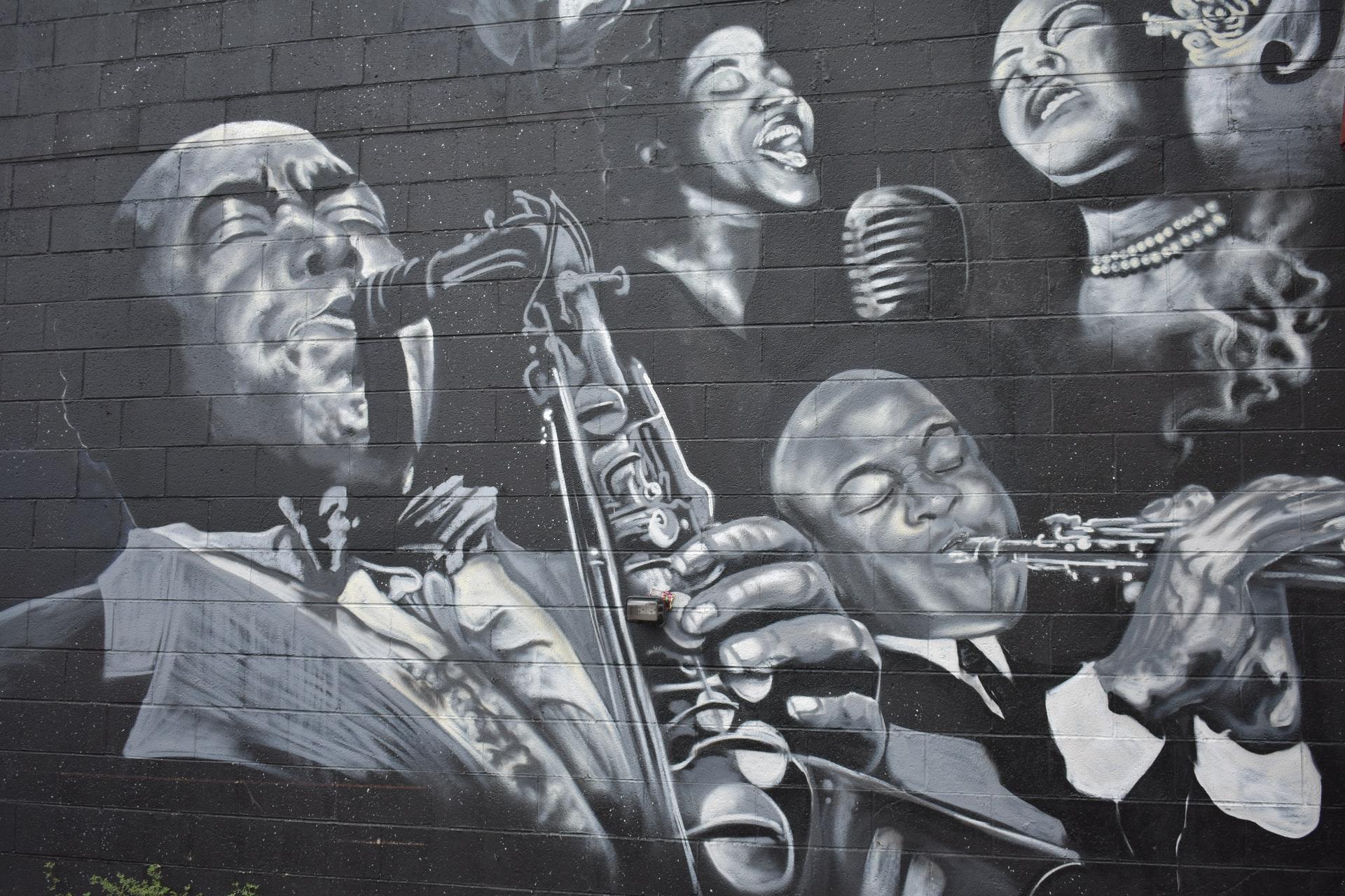 Explore Chicago Through Blues and Jazz