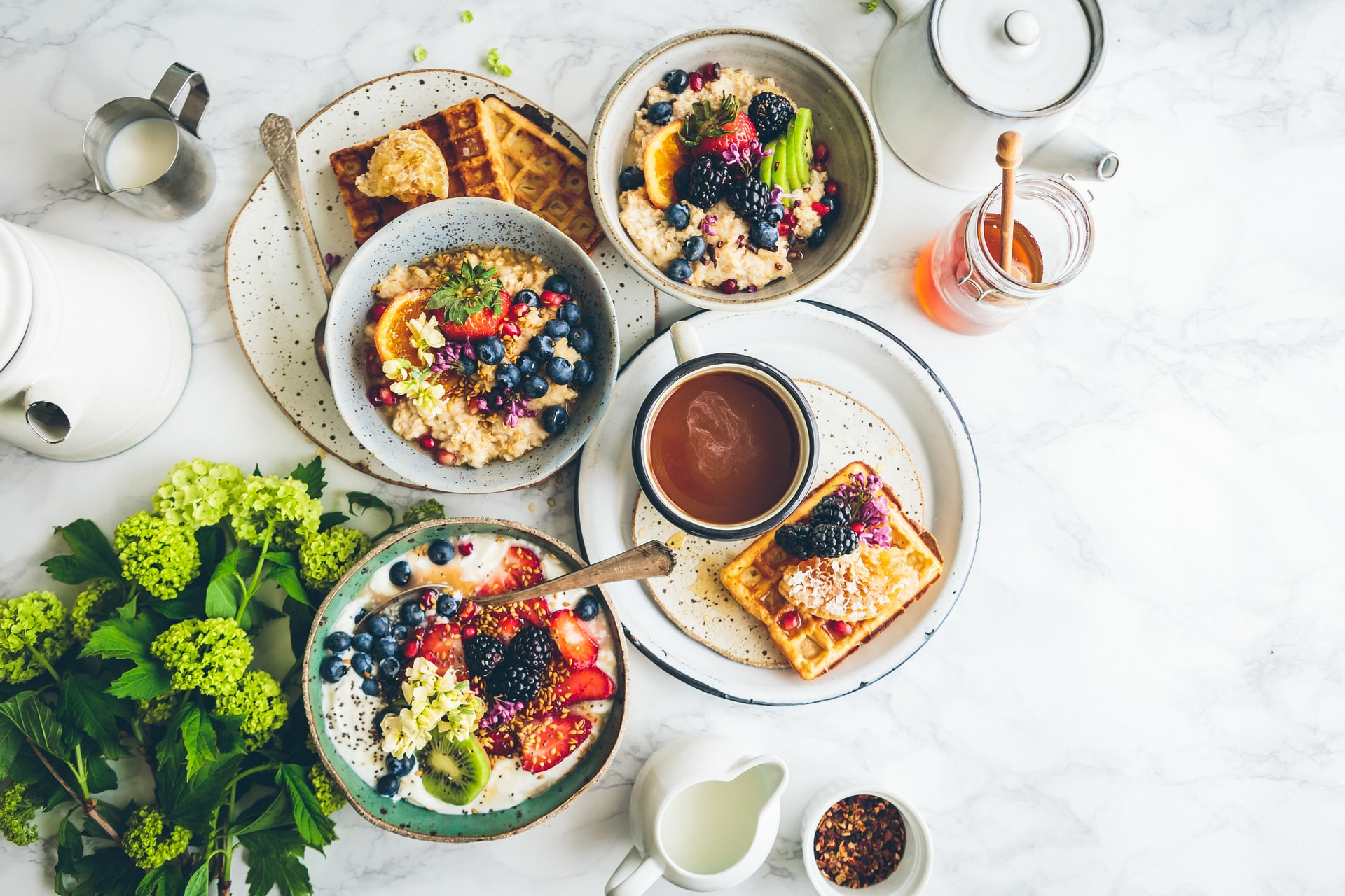 The Best Spots in NYC for Brunch, According to Caroline from Friendspire