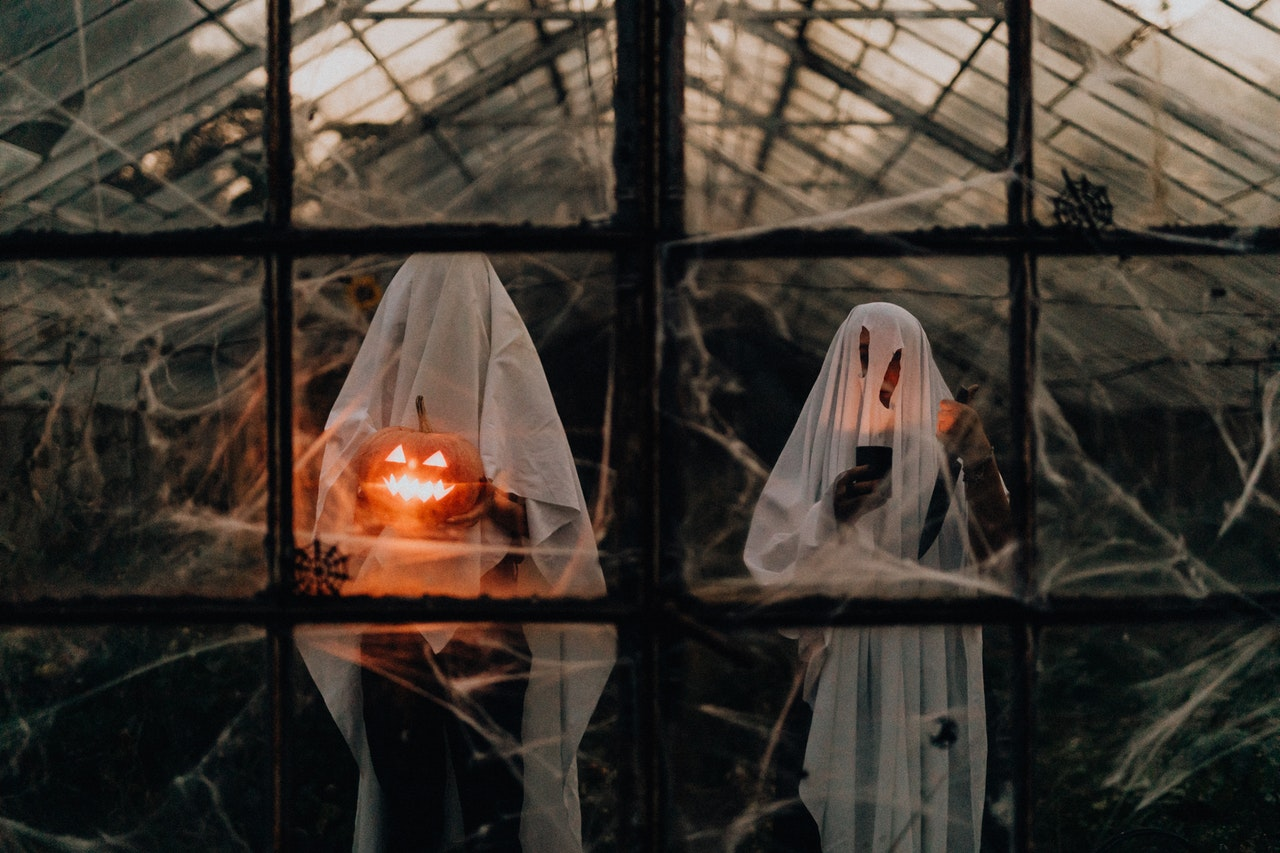 13 Podcasts for Spooky Season