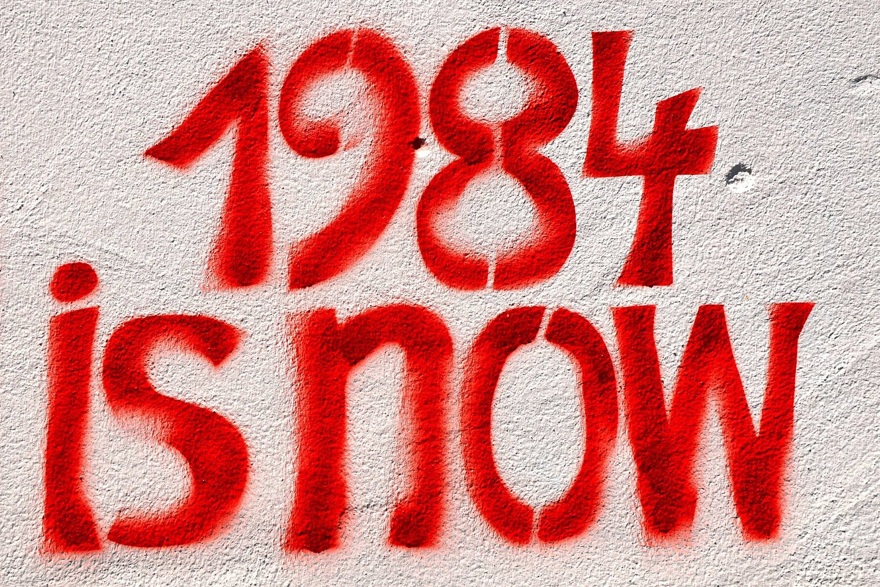 5 Books like 1984 to Brave New World