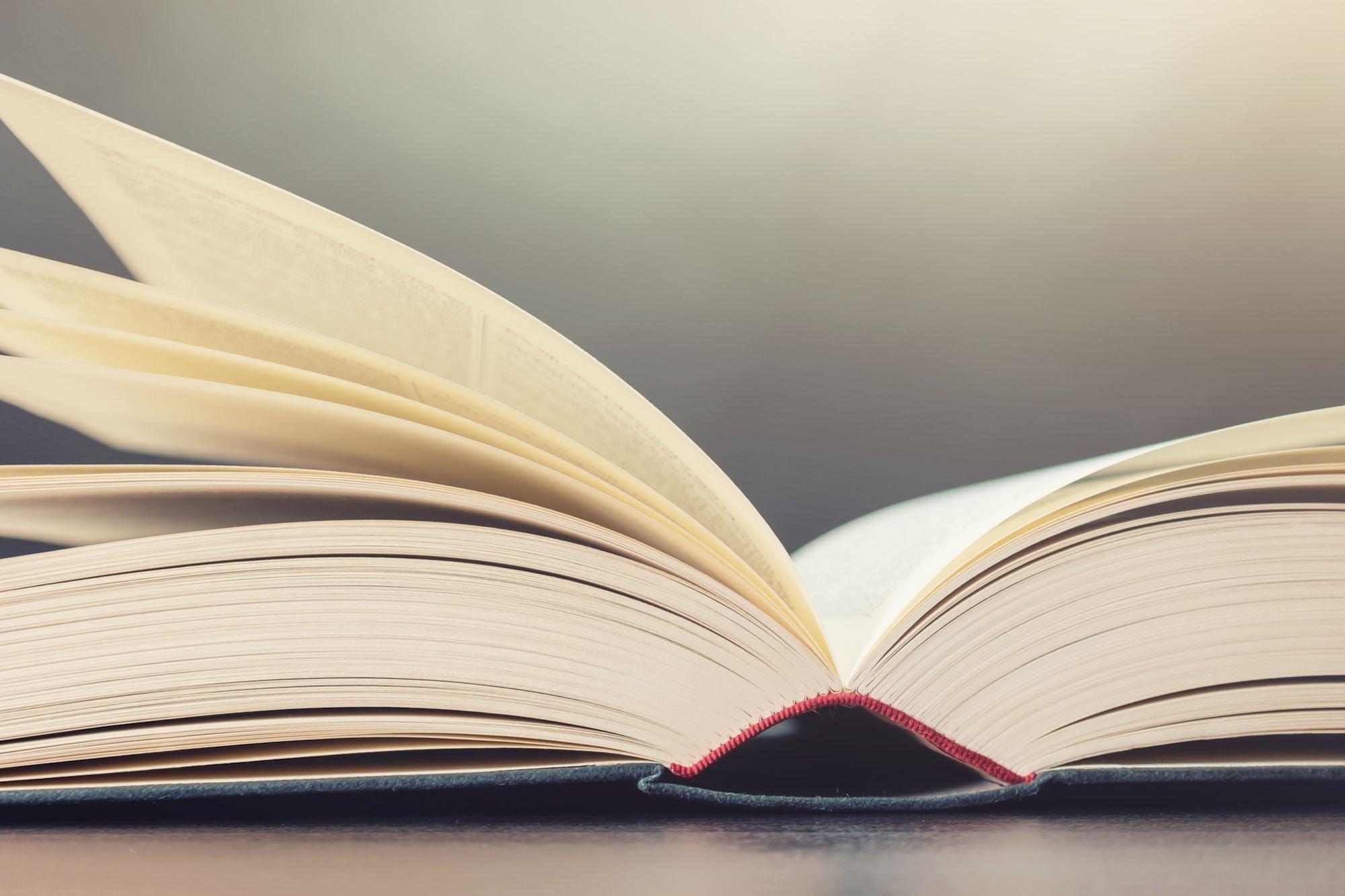 Non-Linear Books