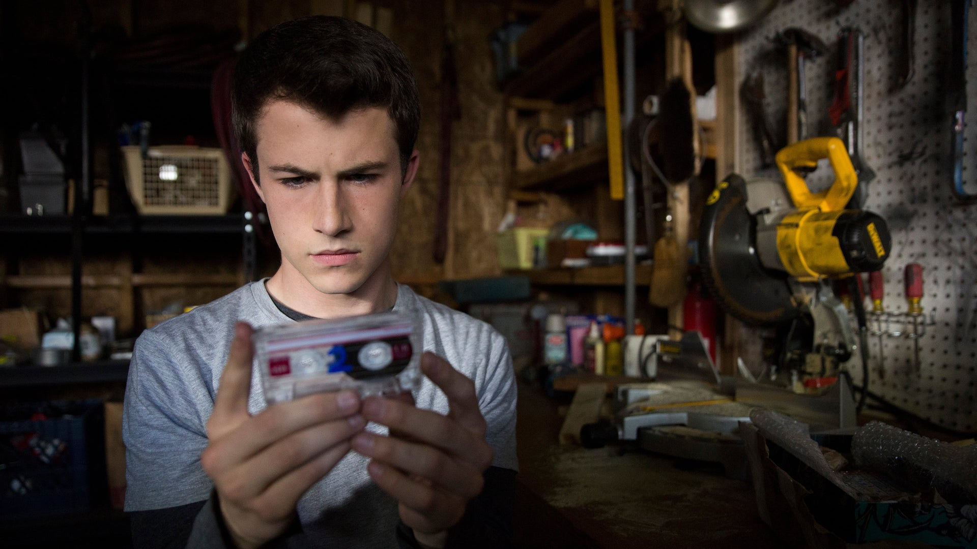 8 Adolescent Books Like 13 Reasons Why