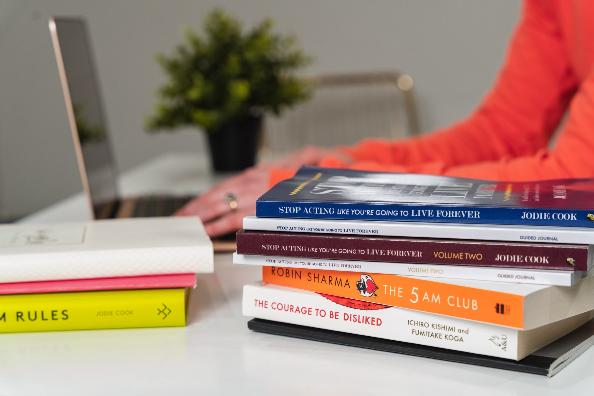 10 Interesting Books Like Freakonomics