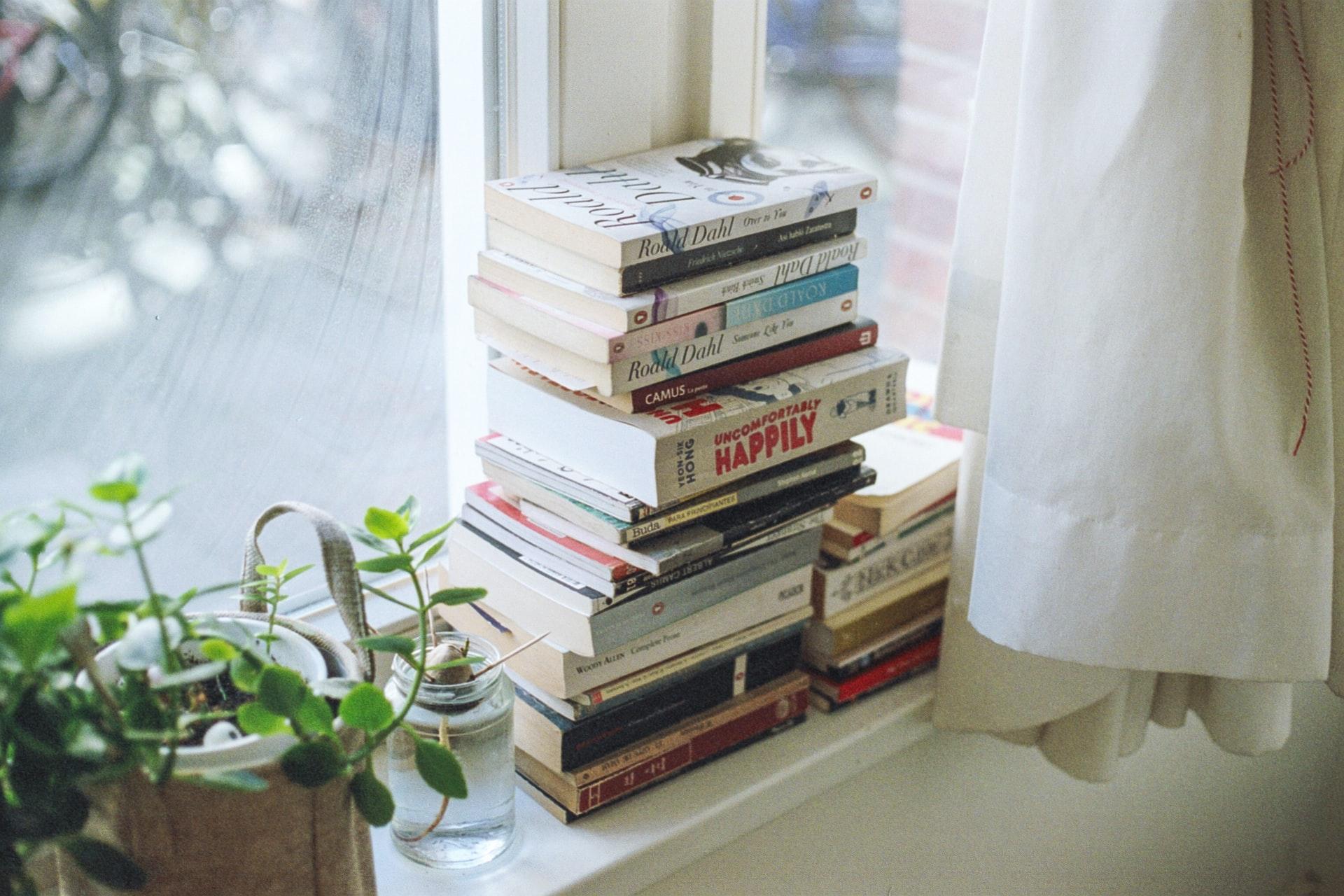 8 Evocative Books Like Graceling