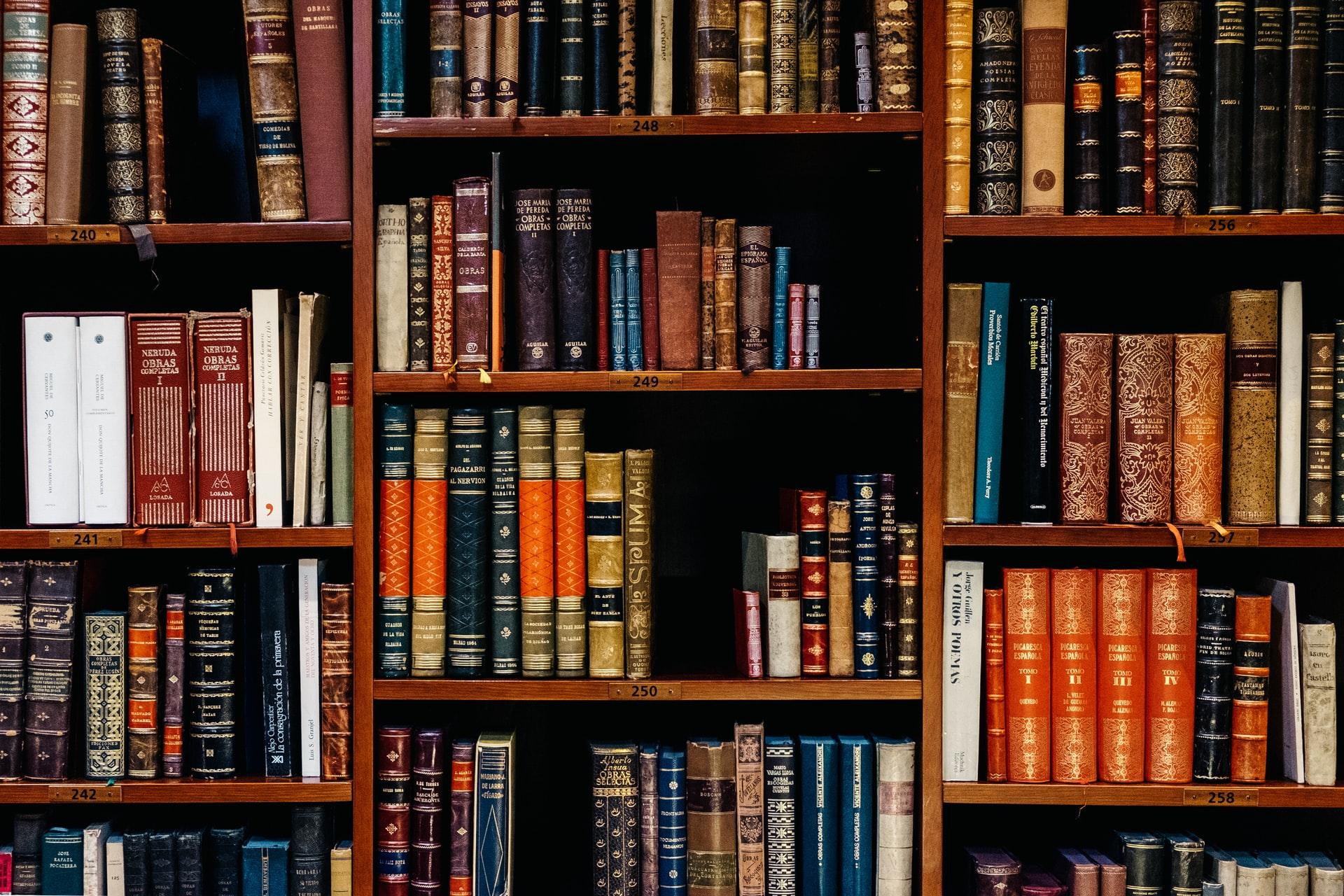 8 Captivating Books Like Scythe