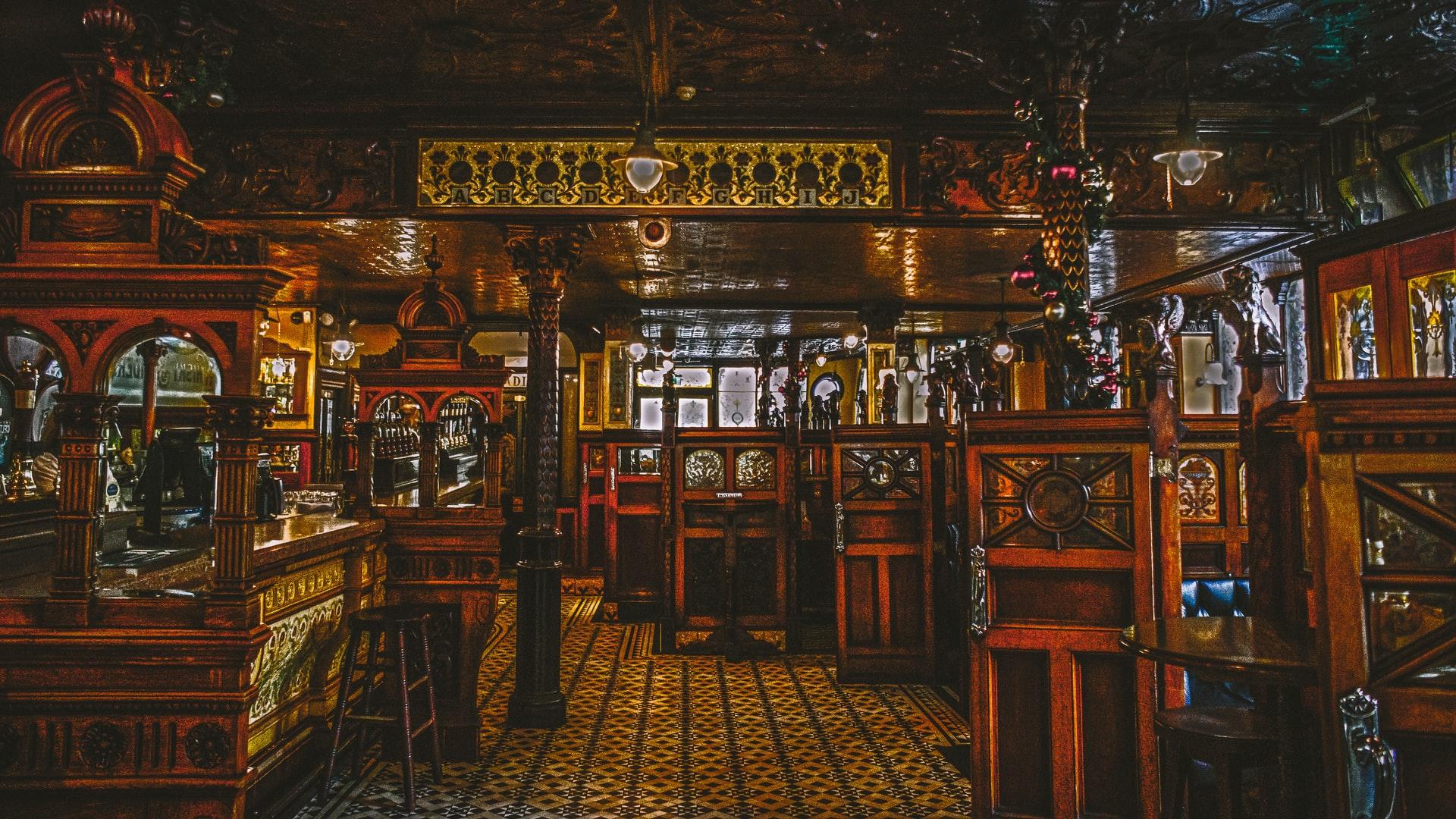10 of London's Oldest Restaurants Worth a Visit