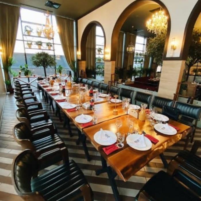 4 Фото интерьера Etiler Steakhouse