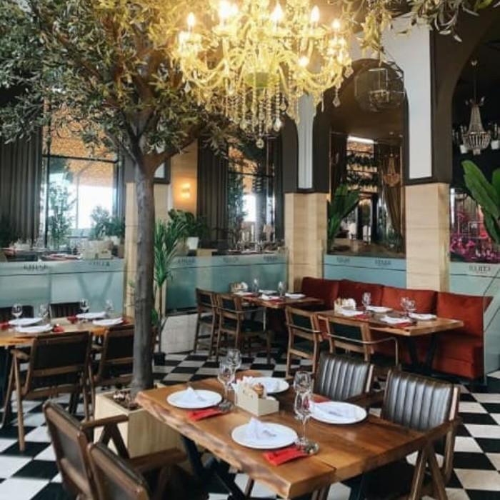 3 Фото интерьера Etiler Steakhouse