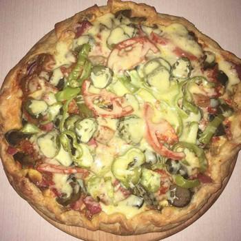 Пицца домашняя очень богатая!: (139)