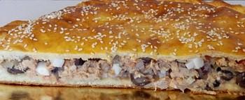 Пирог с курицей и грибами: (250)