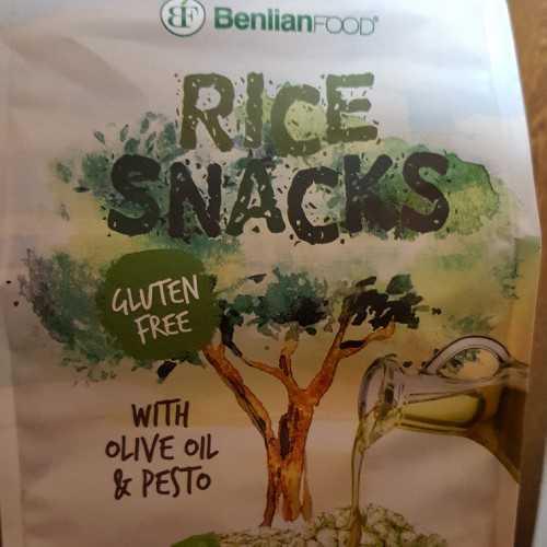 Rice snacks with olive oil&pesto