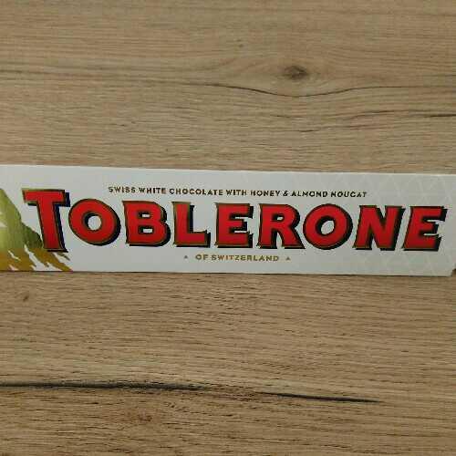 Toblerone honey almond & nougat