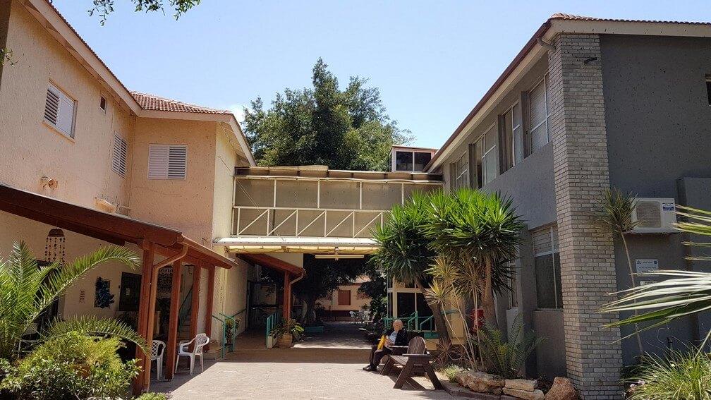 בית אבות הרצליה