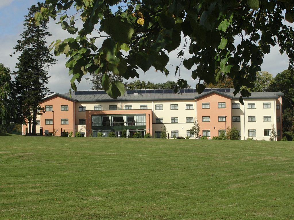 Cairn Hill Nursing Home picture