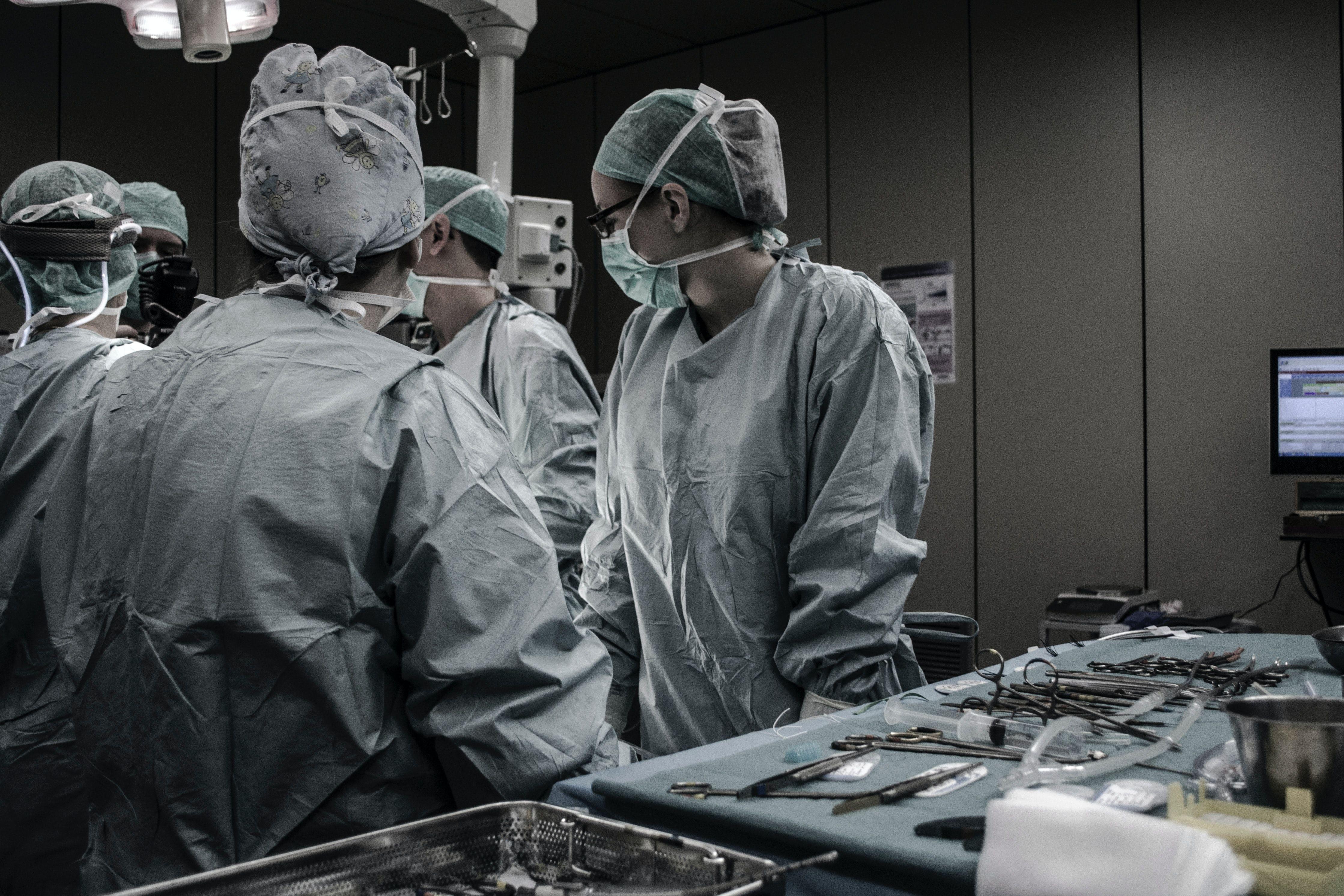 /digitizing-canadian-healthcare-cim3usy feature image