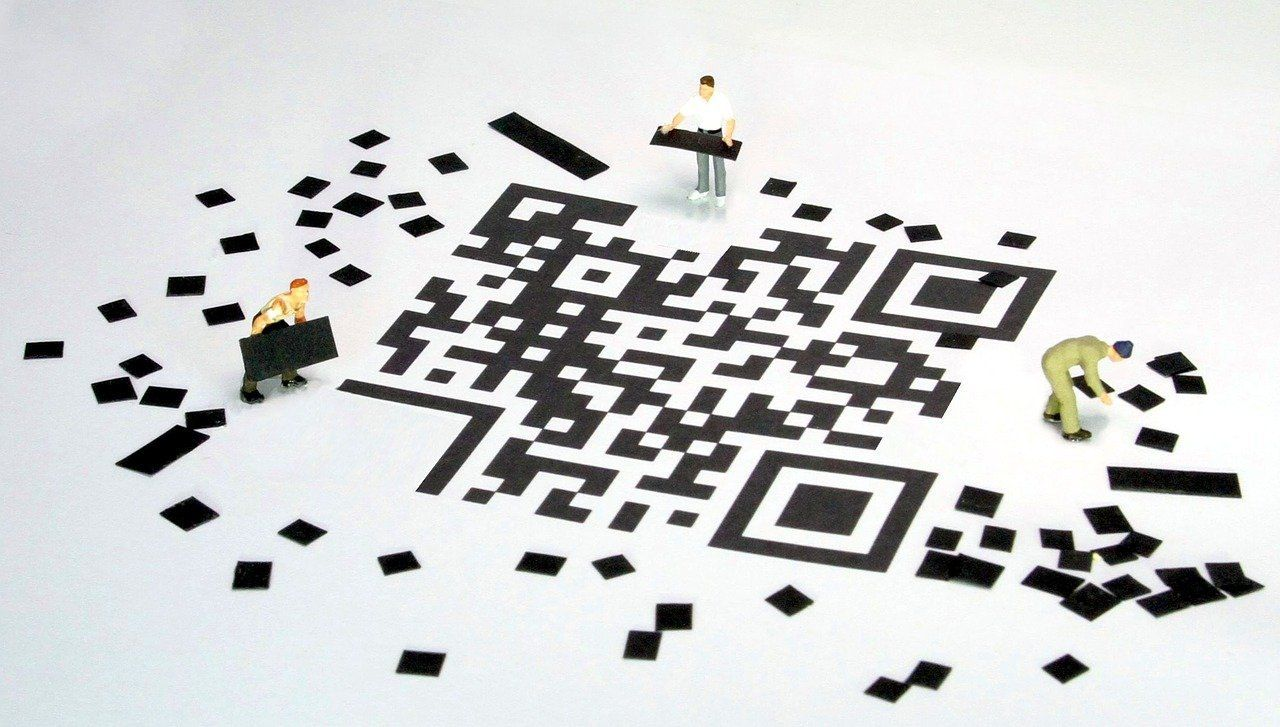 /the-hidden-security-risks-of-qr-codes-by343wnj feature image