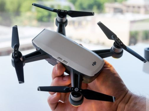 /8-amazing-camera-drones-for-extraordinary-photos-ohw3tge feature image