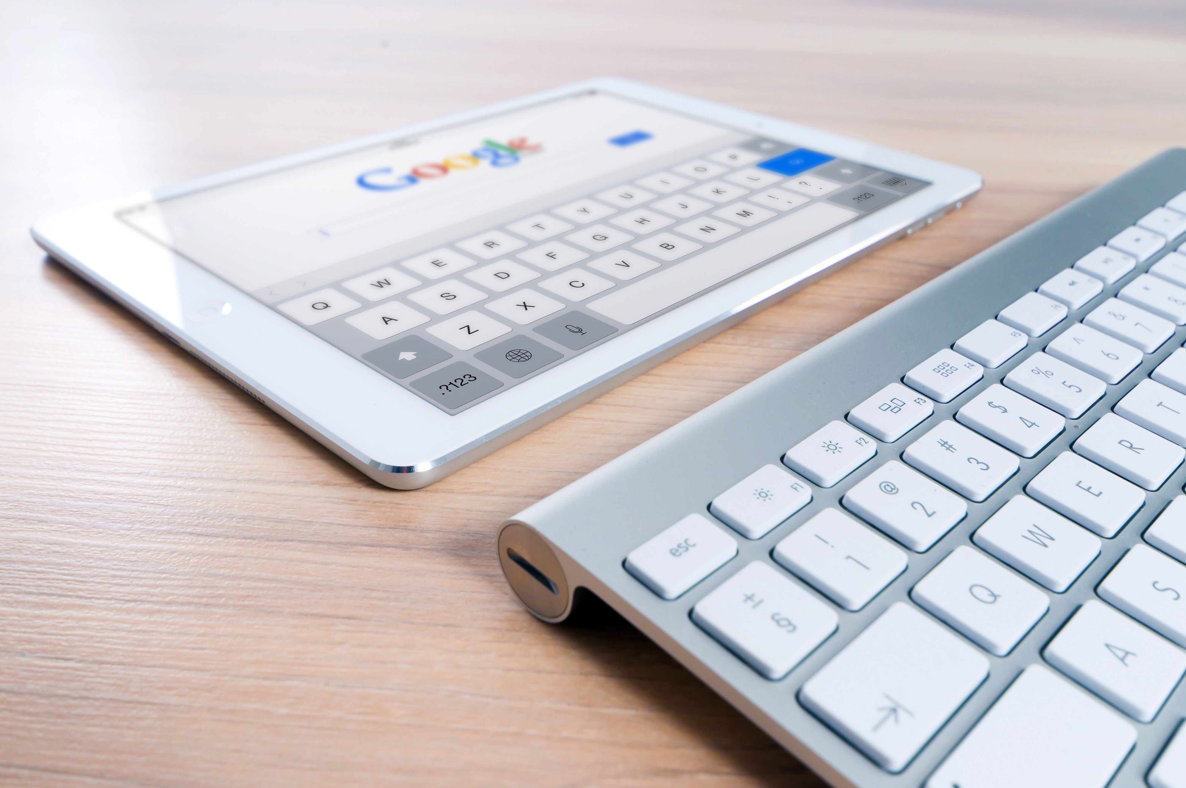 /google-search-updates-how-they-impact-websites-5q1y3t4i feature image
