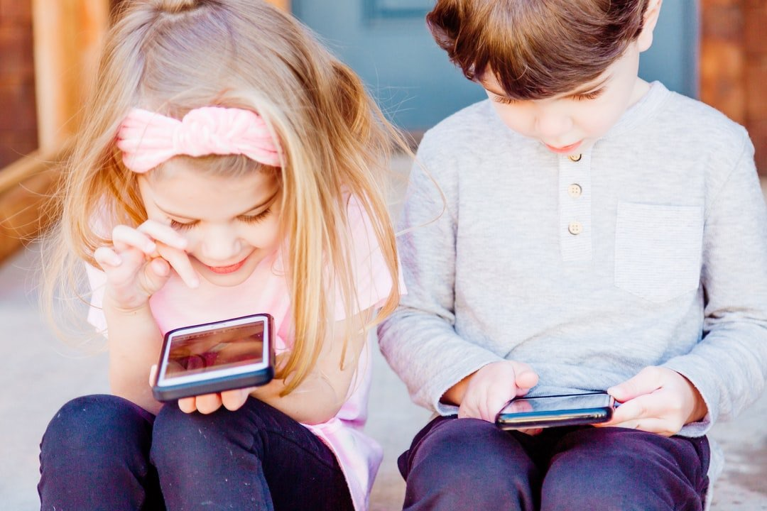 /is-the-rise-of-preschoolers-app-usage-a-pandemic-boom-or-a-paradigm-shift-lh8l3eqx feature image