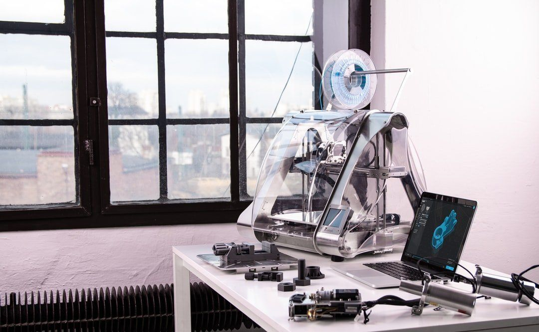 /how-does-a-3d-printer-work-hr2h3t9s feature image