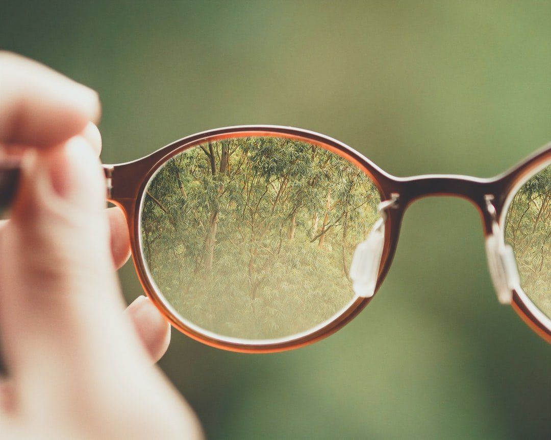 /how-to-buy-awesome-20-dollar-prescription-glasses-from-china-23c12816043 feature image