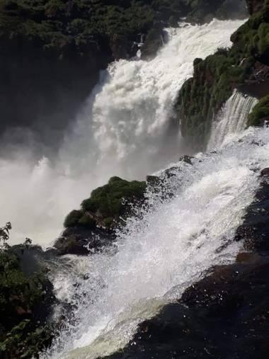 adrianpalacio166 en Hamelin: Paisaje, cataratas del iguazù